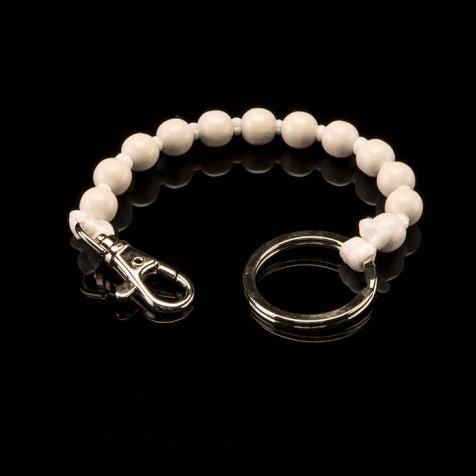 Ina Seifart - Kurzer Schlüsselanhänger Perlen, weiß